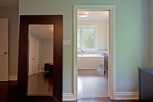 House 9 contemporary-bathroom