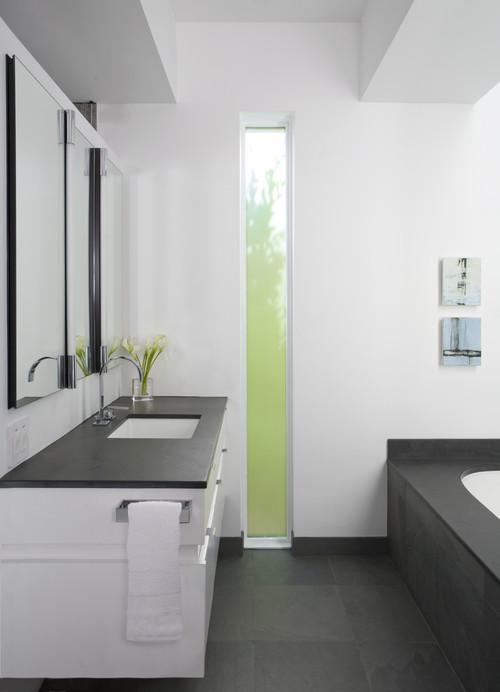 Ablak és mosógép - Lakinta csempe és fürdőszoba