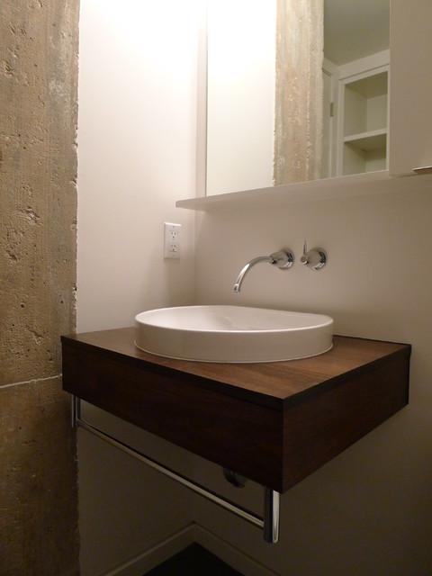 Houston Loft Bath