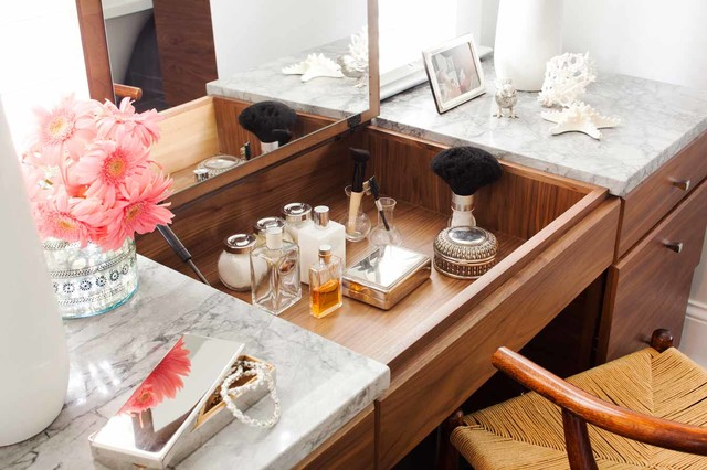 Houzz Tour: Historic Colonial Gets an Update traditional-bathroom