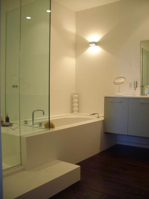 HS Bath & Kitchen contemporary-bathroom