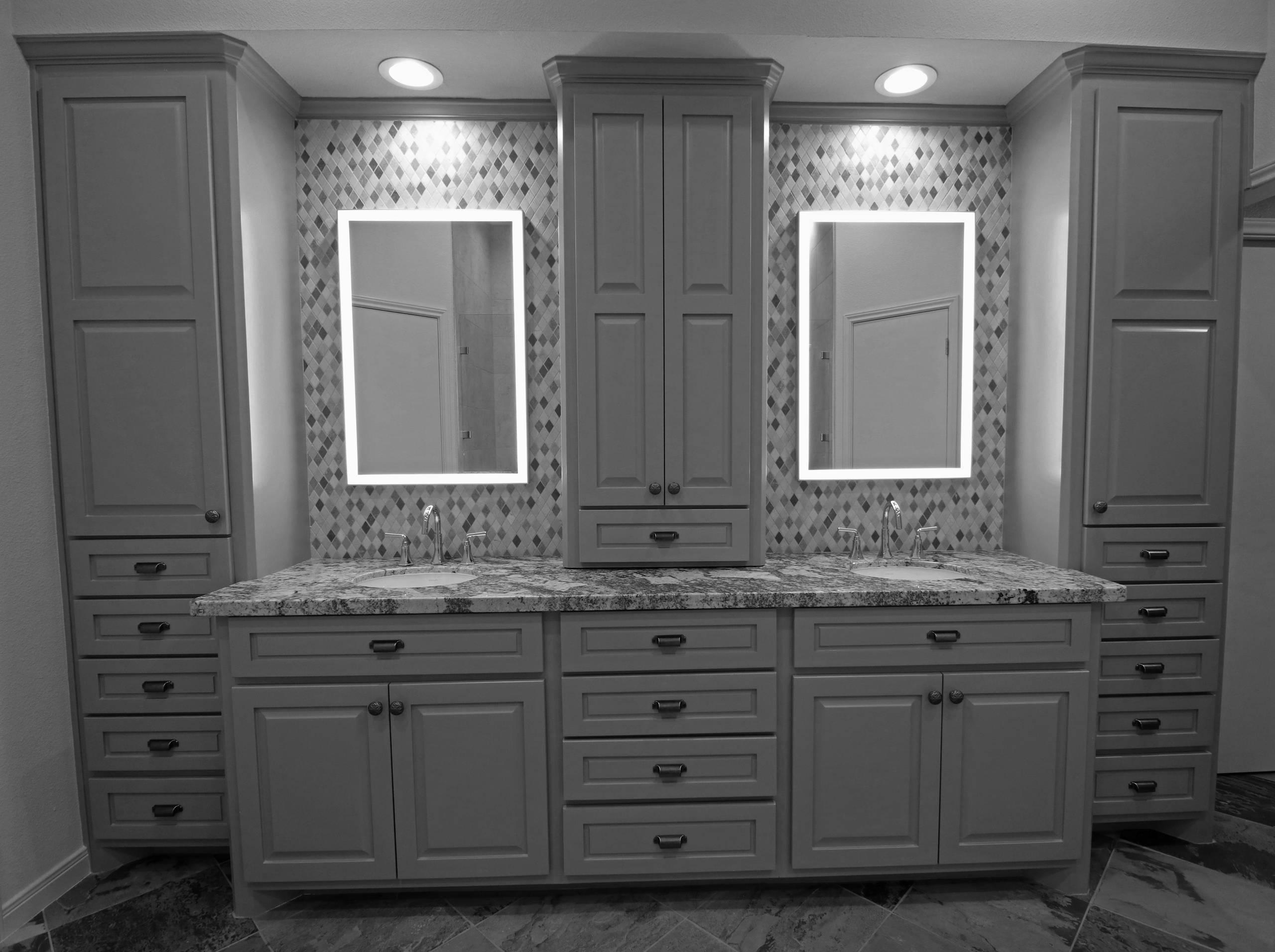 Huckleberry - Master Bathroom Suite