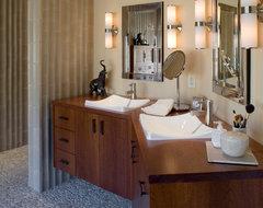 Huff transitional-bathroom