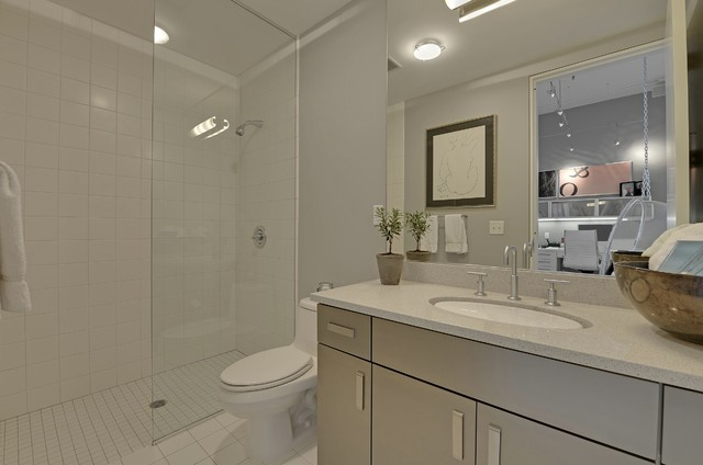 Humboldt Loft Residence contemporary-bathroom