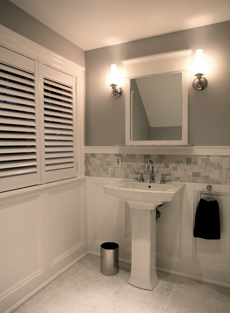 Huron ave bathroom traditional ottawa by design cube for Bathroom design ottawa