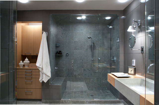 Huron Modern High Rise Apartment Contemporary Bathroom
