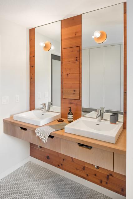 Hurst Avenue Residence - Scandinavian - Bathroom ...