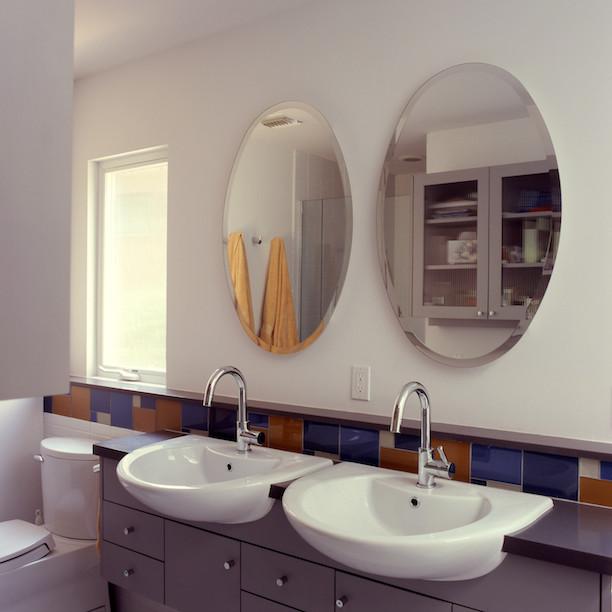 Huybrechts Remodel contemporary-bathroom