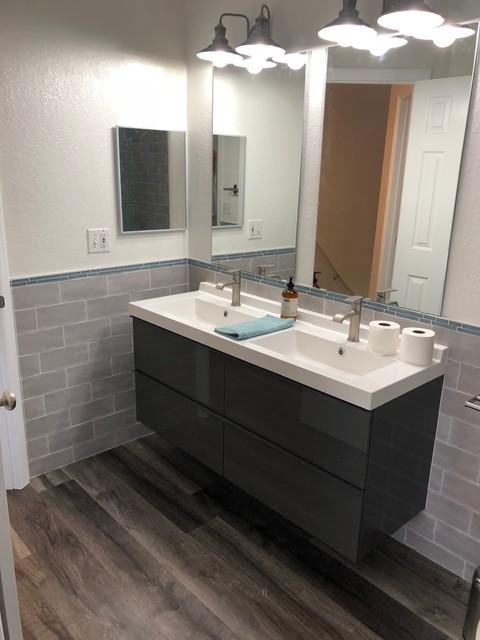 Ikea Bathroom Vanity Minimalistisch Badezimmer Tampa Von D And W Srq Llc Houzz