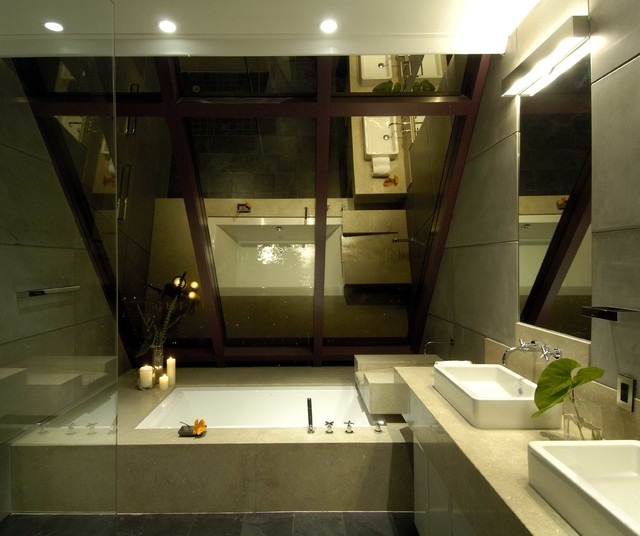 Inspiration for a timeless bathroom remodel in Hawaii