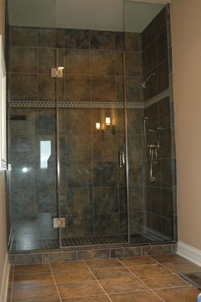 In Line Shower traditional-bathroom