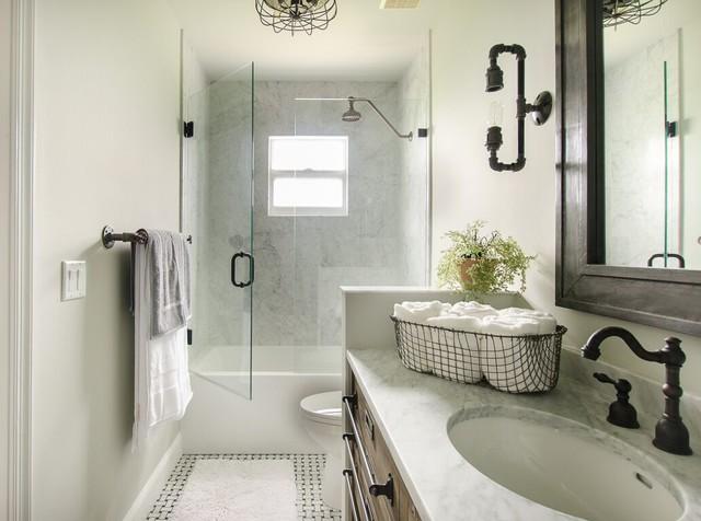 Industrial bachelor pad industrial bathroom miami for Bachelor bathroom ideas