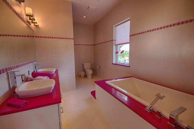 Interior design by ruth stieren baer 39 s furniture for Bathroom decor orlando