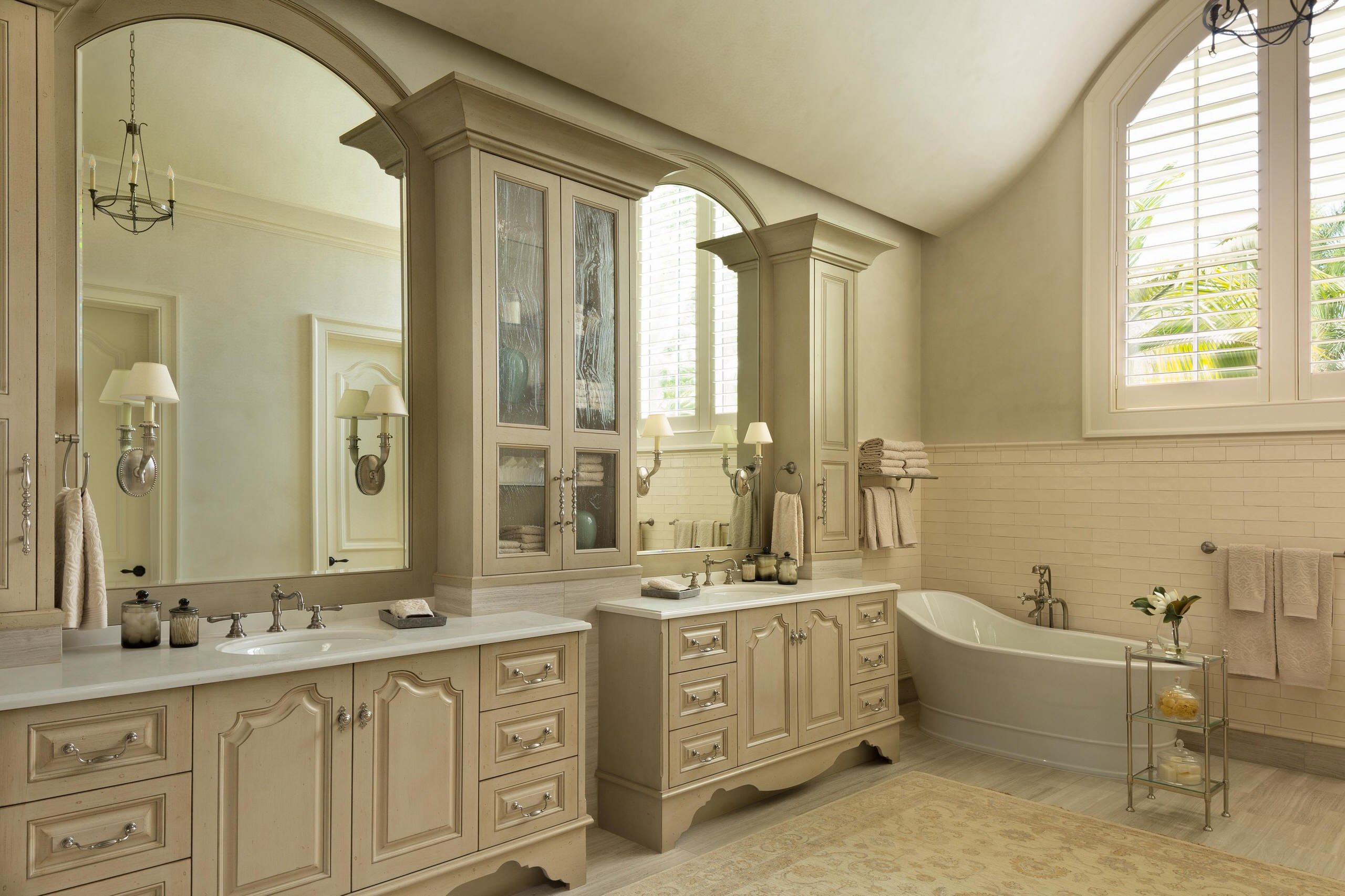 75 Beautiful French Country Bathroom Pictures Ideas May 2021 Houzz