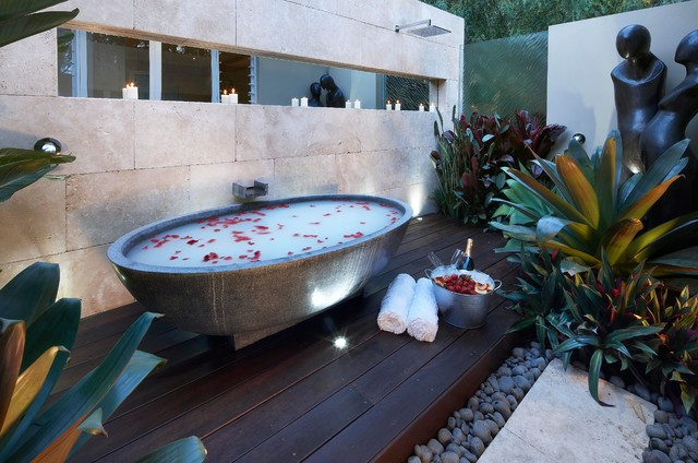 Intimate hideaway contemporary bathroom sydney by for Landscape architects bath