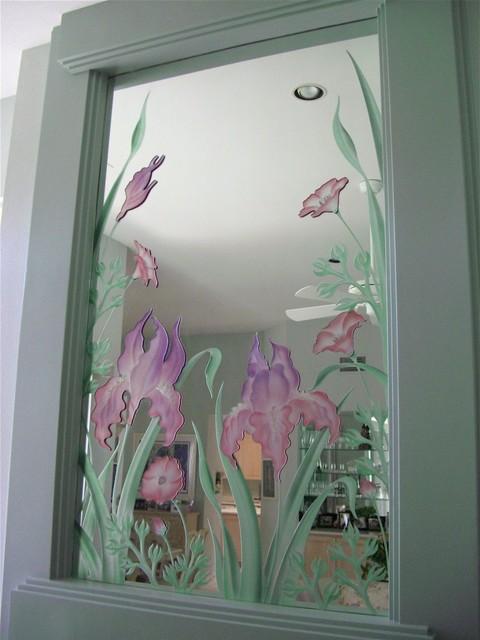 Iris Flowers Decorativ...