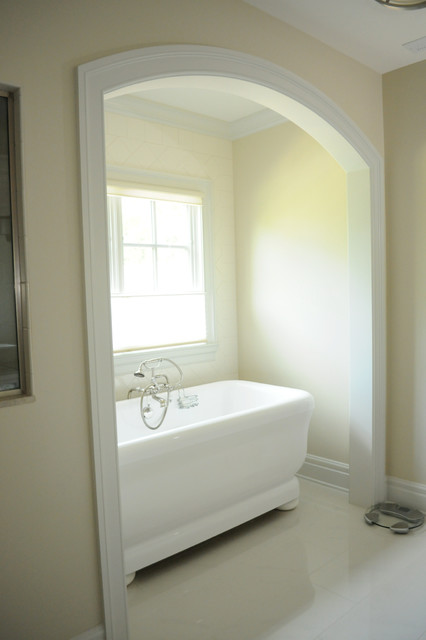 Ironwood traditional-bathroom