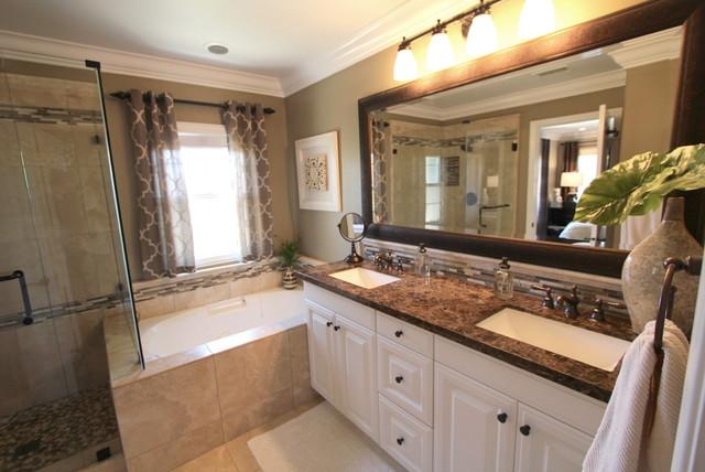 Irvine Residence eclectic-bathroom