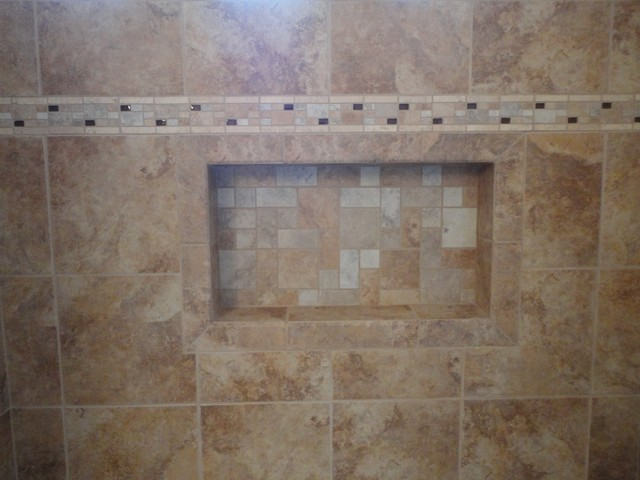 Irvine Soaking Tub With Rain Glass Shower Doors & Recessed Shampoo ...
