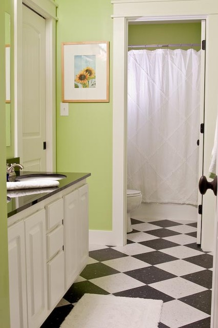 Inspiration for a craftsman bathroom remodel in Indianapolis