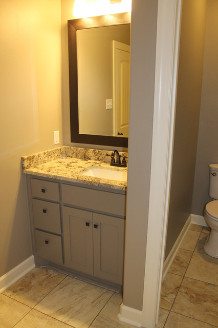 Jack jill vanity traditional bathroom for Jack and jill bathroom vanity