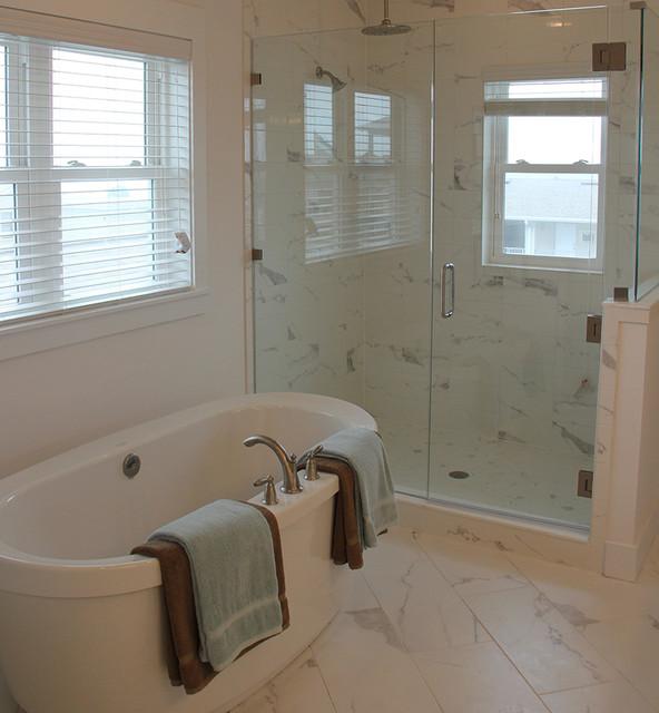 Jacksonville Beach Custom Home tropical-bathroom