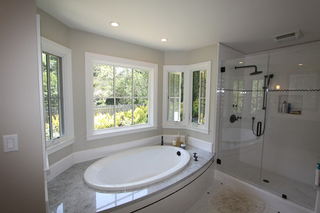 Jacuzzi Tub Traditional Bathroom