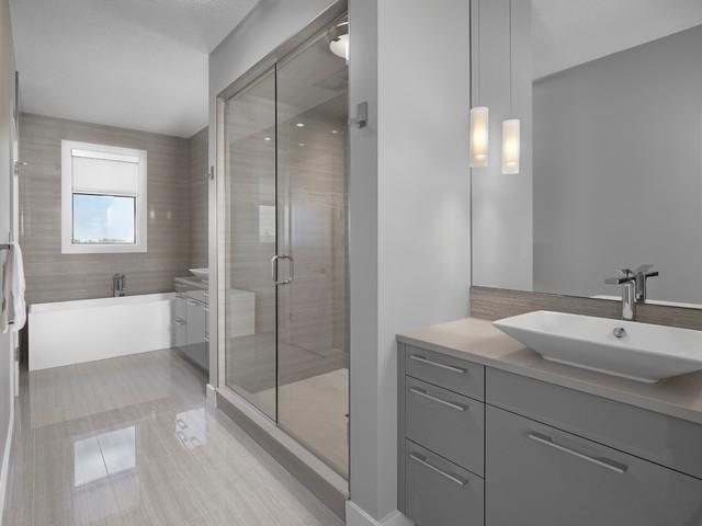 Jagare ridge showhome modern bathroom edmonton by for Bathroom decor edmonton