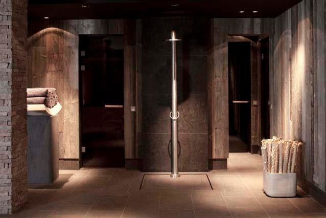 JEE-O freestanding showers contemporary-bathroom