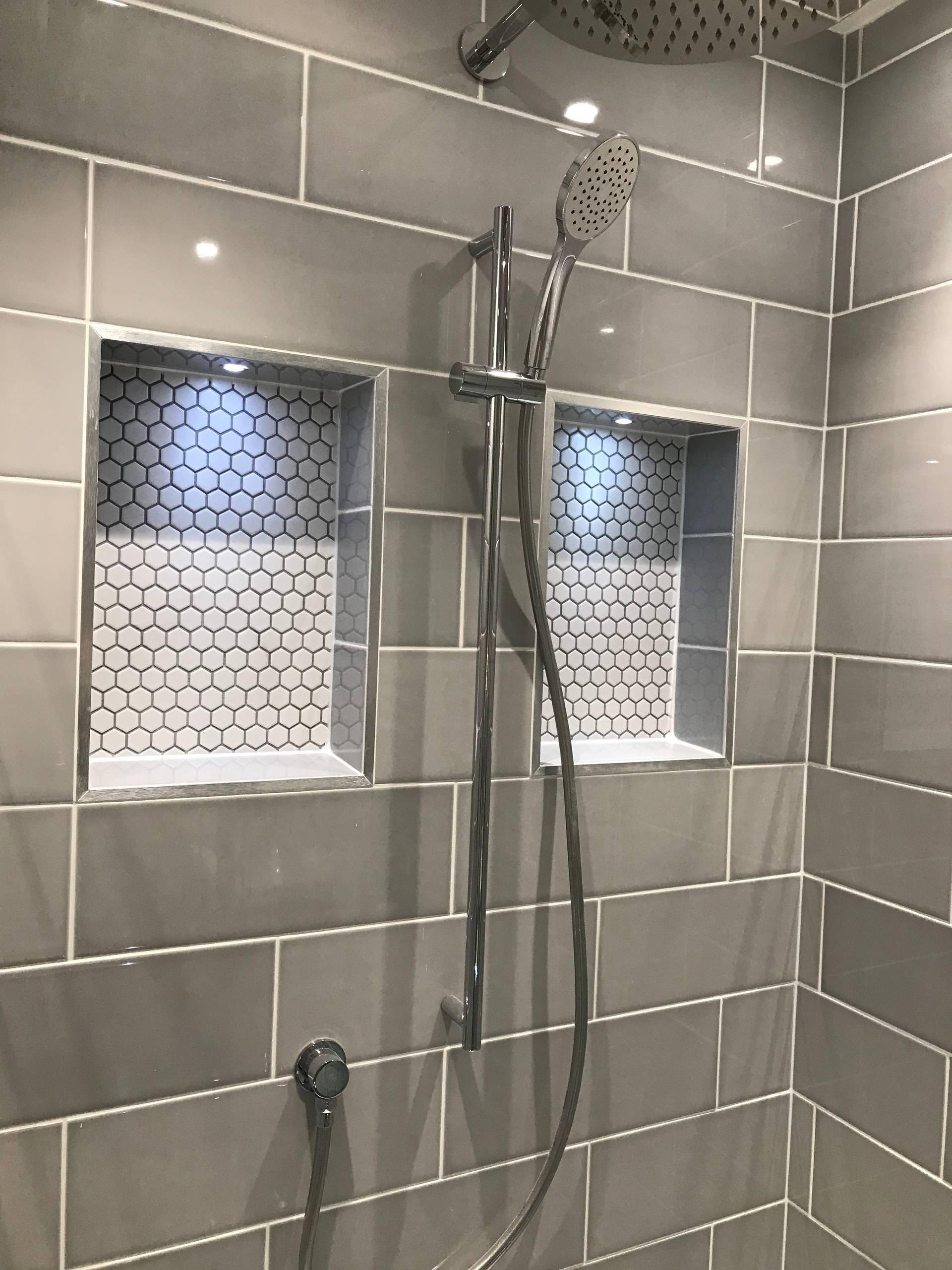 Jenny and Nick's modern and light master ensuite