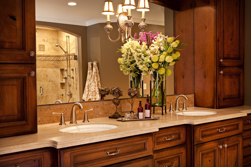 Traditional Styled Bathroom design with traditional styled cabinets.