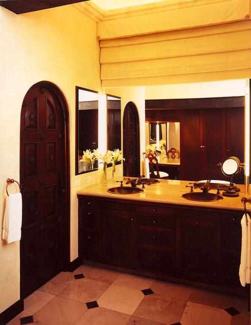 . tropical-bathroom