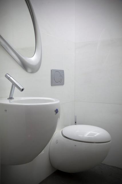 jerusalem house 4 modern-bathroom