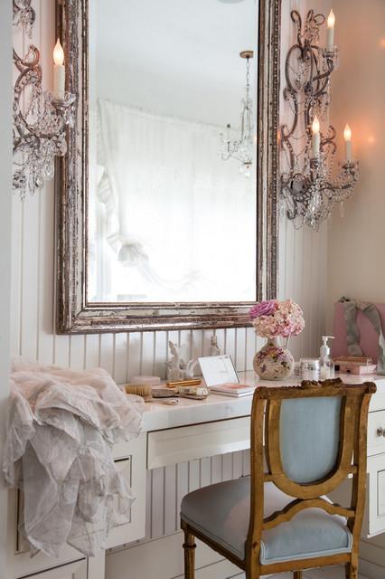 Ispirazione per una stanza da bagno padronale stile shabby con pareti bianche