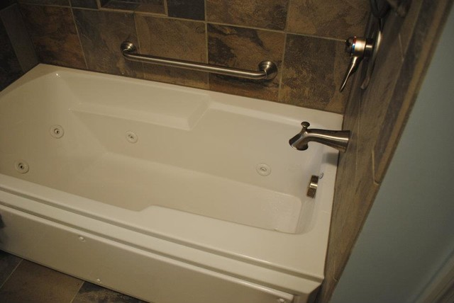 Jetted Tub Tile Tub Surround Traditional Bathroom Other Metro By Hatchett Design Remodel