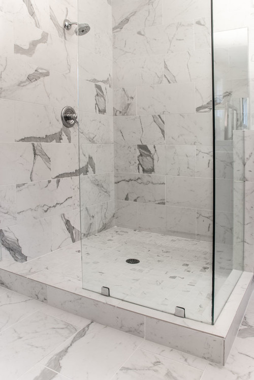 Is The Floor Of The Shower The Same Tile From Stonepeak