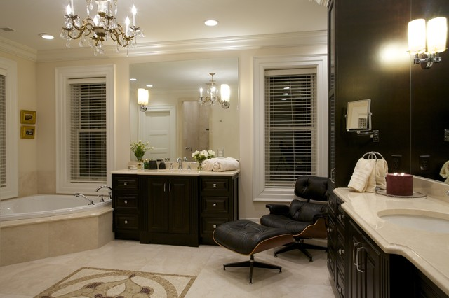 Joni Spear Interior Design traditional-bathroom