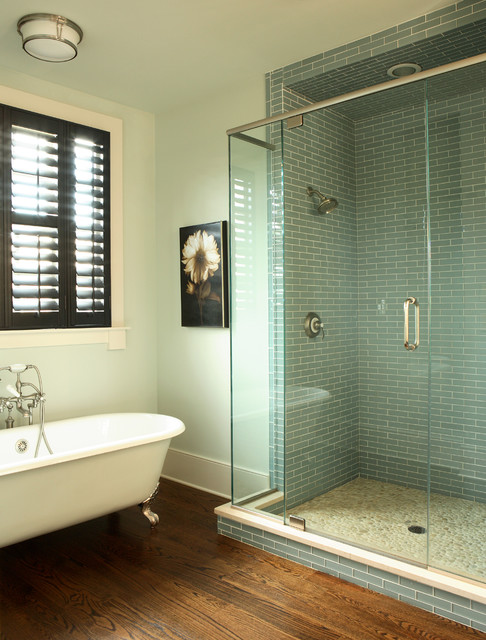 JR McDowell Homes contemporary bathroom