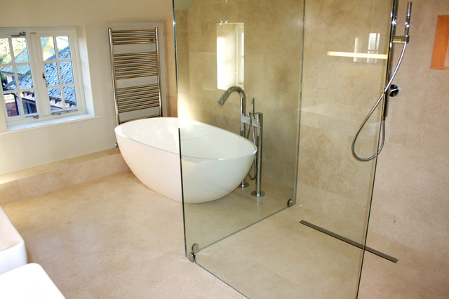 Superb Bathroom   Mid Sized Modern Master Beige Tile And Stone Tile Limestone  Floor Bathroom Idea