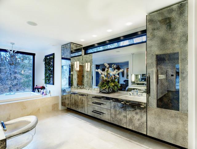 Justice / Kohlsdorf Residence contemporary-bathroom