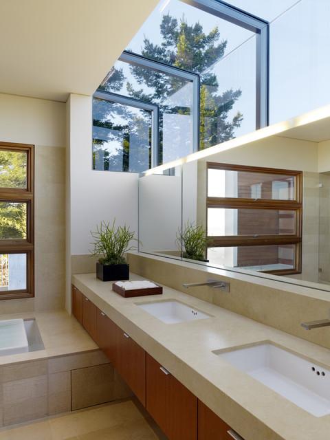 Kapoor Residence modern-bathroom