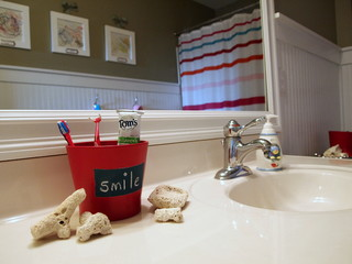 Keep Calm & Cute Kids Bathroom