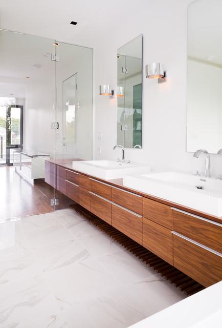 Kerchum Residence contemporary-bathroom