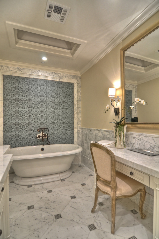 Example of a transitional freestanding bathtub design in Orange County