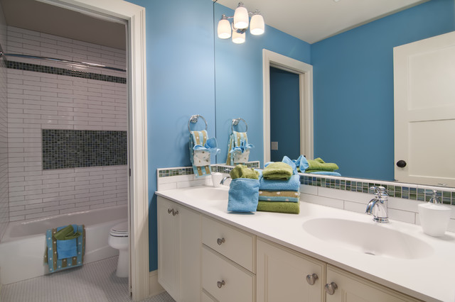 houzz kids bathroom kid s bathroom traditional bathroom minneapolis by 13181
