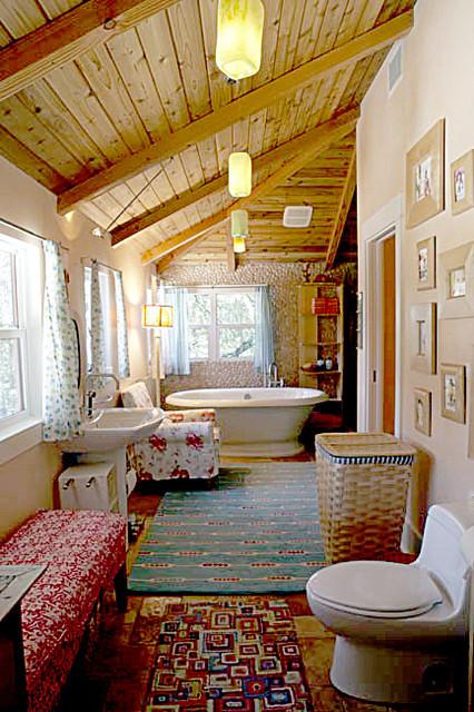 Kinney Mues contemporary-bathroom