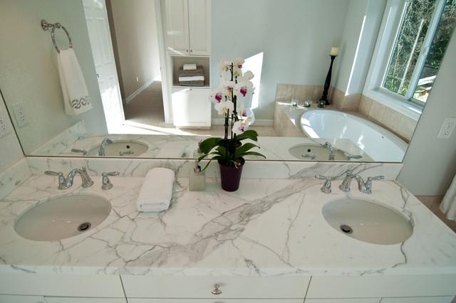 Kirkland bathroom remodel for Bathroom decor kirklands