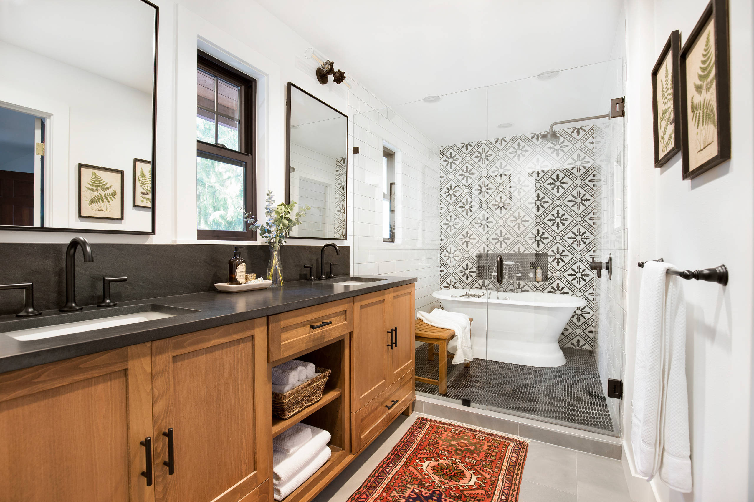75 Beautiful Farmhouse Bathroom Pictures Ideas December 2020 Houzz