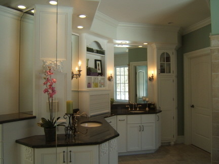 Kitchen, Bath and Fireplace traditional-bathroom