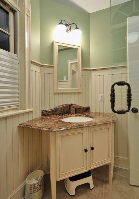 kitchendesigns.com traditional-bathroom